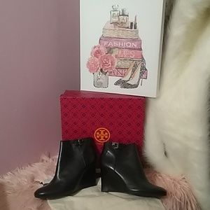 Tory Burch Lorell wedge black boots. NEW in box